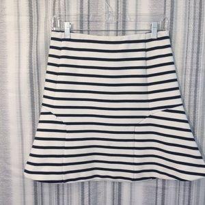 Ann Taylor Knit Black & White Stripe Skirt Size 4